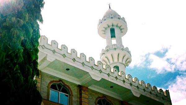 mosque-dar-es-salaam-tanzania-upanga-eid