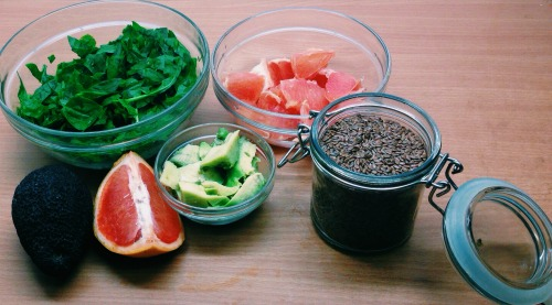 spinach, grapefruit, avocado, flaxseed