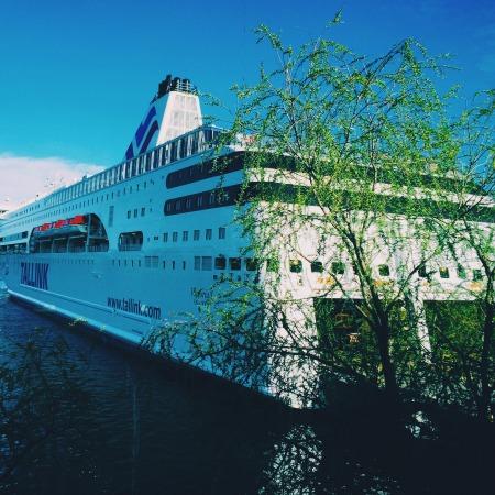 tallin-cruise-ship